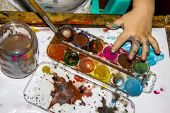 Children ręki w farbie Zdjęcia Stock