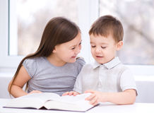 Children is reading book Royalty Free Stock Image