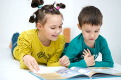 Children is reading book Royalty Free Stock Photo
