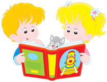 Children reading Royalty Free Stock Photography