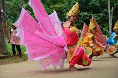 Children of Shan them show kinnari dance for traveler Stock Photo