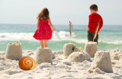 Children at the shore Royalty Free Stock Image