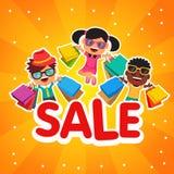 Children sprzedaż Szczęśliwi ono uśmiecha się i skacze dzieciaki Zdjęcie Royalty Free