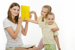 Children successfully guessed yellow in the picture Stock Photography