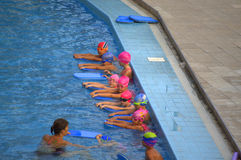 Children swimming class Royalty Free Stock Photos