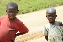 In strangers interested Children in Africa Royalty Free Stock Image