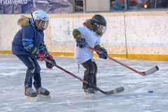 Free Children With Hockey Sticks Playing Hockey At The Festival Royalty Free Stock Images - 134432999