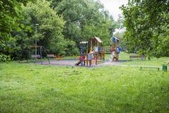 Children& x27 ; terrain de jeu de s Images libres de droits
