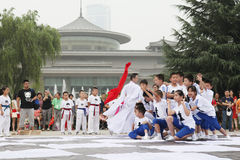 The children in xi 'an from xi 'an museum square performance chess reality TV Stock Images