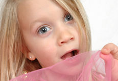 childs смотрят на удивлено Стоковое Фото
