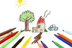 Childs Zeichnung der Familie stockfotos