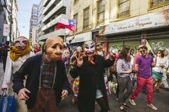 Chilenare protesterar det privata pensionsystemet royaltyfria foton