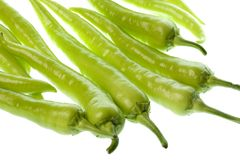 Chiles verdes aislados Fotos de archivo libres de regalías
