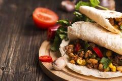 Chili Con Carne dans les pains pitas Photographie stock