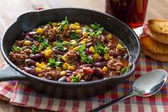 Chili con carne et ingrédients Image stock