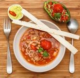 Chili con carne met guakomolle Stock Foto