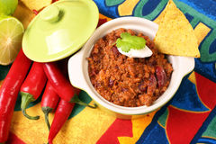 Chili con carne and nachos Royalty Free Stock Photos