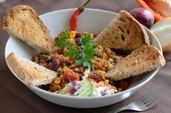 Chili con carne i świezi warzywa Zdjęcia Stock