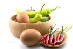 Chili grönsaken, grönsakzucchinin, minnestavlor färgade fotografering för bildbyråer