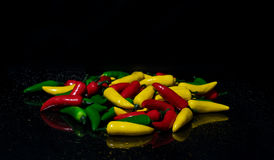 Chili Peppers jaune et vert rouge Images libres de droits