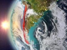 Chili tijdens zonsondergang van ruimte Stock Afbeeldingen