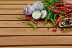 Chili zieleni i gorący pieprze Obraz Stock