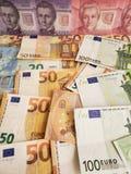 Chilijscy banknoty i euro rachunki zdjęcie stock