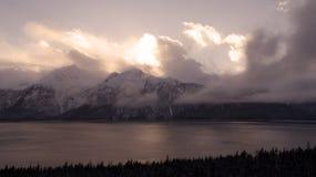 Chilkat öppning på solnedgången Royaltyfria Bilder
