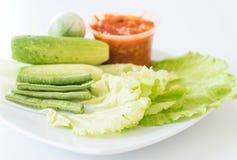 Chill соус при свежие установленные овощи Стоковые Изображения RF