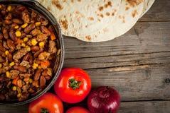 Chilli con carne mexicano tradicional do prato imagens de stock