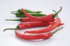 Chillis rouges et verts Photos stock