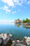 Chillon Schloss in Geneva See lizenzfreie stockfotos