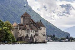 Chillon slott på en molnig dag Royaltyfri Bild