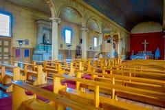 CHILOE, CHILE - SEPTEMBER, 27, 2018: Innenansicht der hölzernen gemachten Kirche in Chonchi, Chiloe-Insel in Chile Nuestra lizenzfreies stockbild
