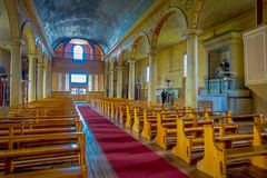 CHILOE, CHILE - SEPTEMBER, 27, 2018: Innenansicht der Kirche in Chonchi, Chiloe-Insel in Chile Nuestra Senora del stockfoto