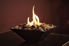 Chimenea ardiente del eco Interior romántico Imagen de archivo libre de regalías