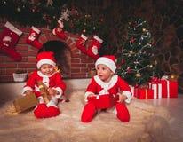 Chimenea de la decoración de la Navidad Fotografía de archivo