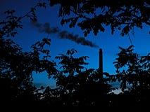 Chimenea de la fábrica Foto de archivo libre de regalías
