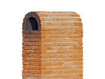Chimenea del ladrillo aislada en blanco Fotografía de archivo