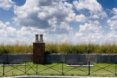 Chimenea en el tejado de la hierba Foto de archivo libre de regalías