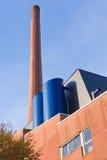 Chimenea industrial del ladrillo rojo Imagen de archivo libre de regalías