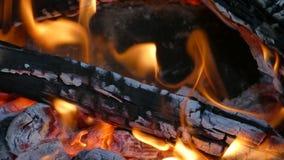 Chimenea Madera-ardiendo Fotos de archivo