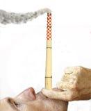 Chimenea que fuma Fotografía de archivo