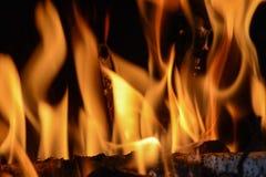Chimenea - quemando abajo Fotos de archivo libres de regalías