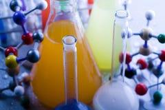 Chimie et biologie images stock