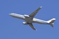 China Airlines Airbus A-330-343X, B-5906 decola, Pequim, China Fotografia de Stock Royalty Free
