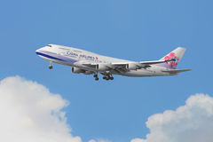 China Airlines Boeing 747 arriva in Hong Kong Fotografie Stock Libere da Diritti
