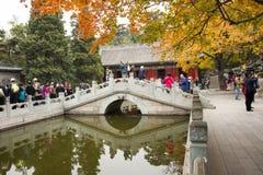 China, Asia, Pekín, el parque fragante de la colina fotos de archivo