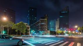 China céntrica del lapso de tiempo del panorama 4k de la bahía de la ciudad de Shangai de la iluminación de la noche almacen de video