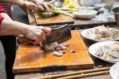 China, creencias religiosas, sacrificios, pollo fotos de archivo libres de regalías